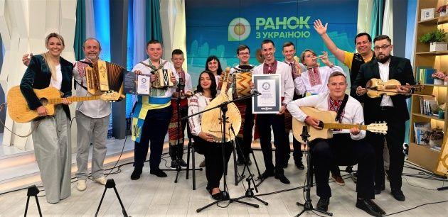 Жашківський ансамбль інструментів, зроблених із сірників, потрапив до Книги рекордів Гіннесса