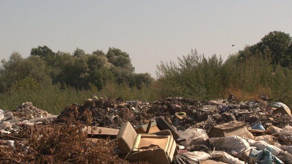 У селі на Черкащині через підпали смітника люди не виходять з дому