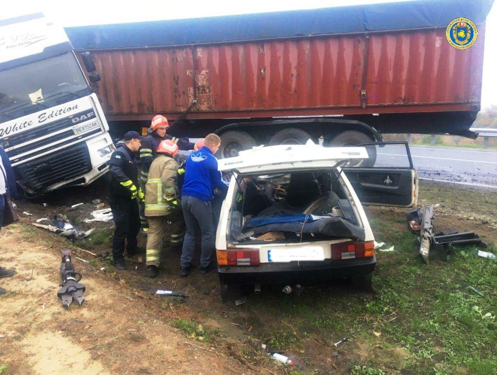 На Уманщині в ДТП загинув водій (фото)