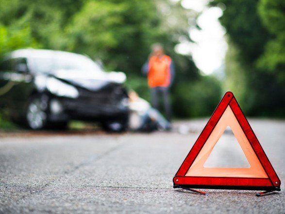 На Черкащині 14-річна школярка загинула під колесами автівки власного брата