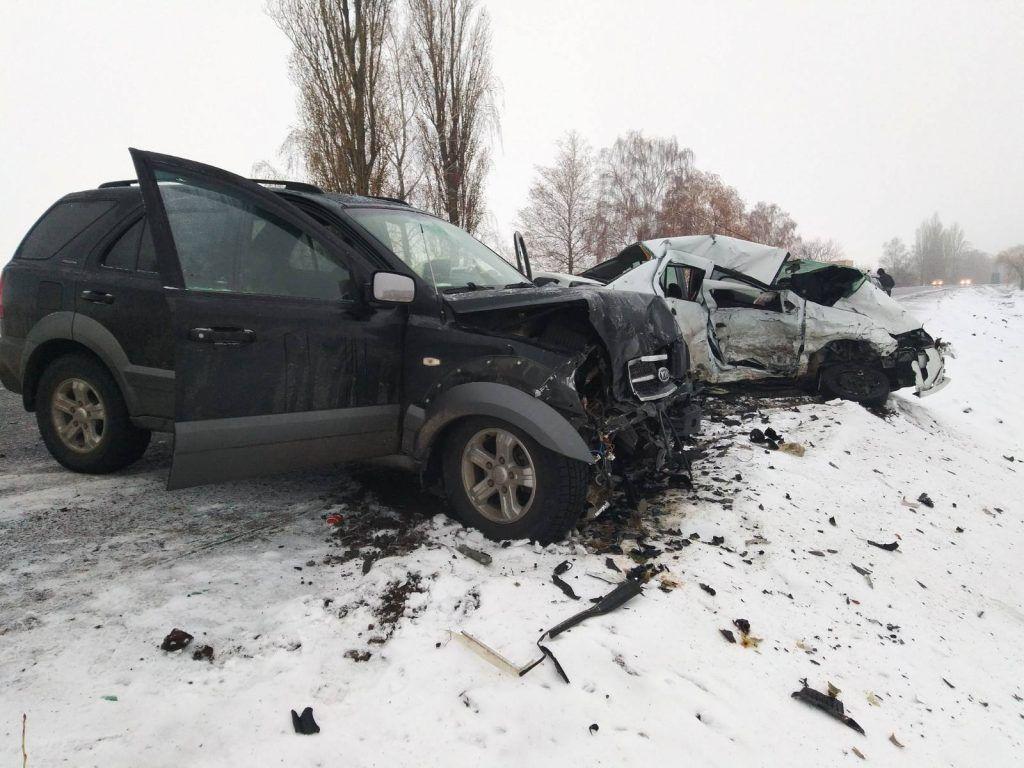 Виїхала на зустрічну: на Черкащині сталася смертельна аварія (фото)
