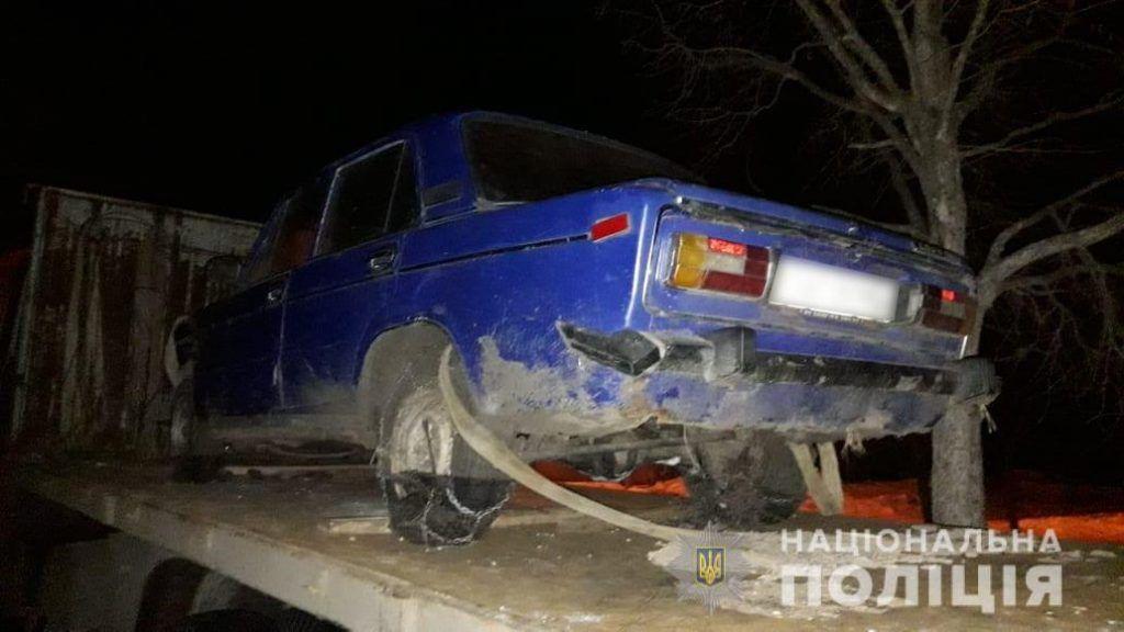 У Смілі чоловік викрав автомобіль за допомогою евакуатора