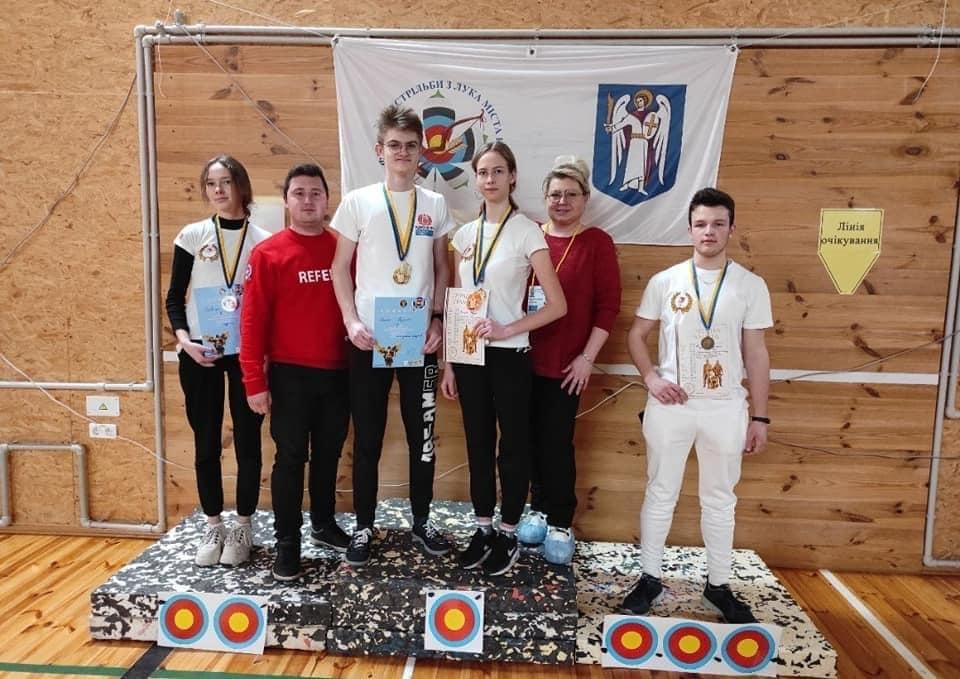 Черкащани здобули 4 нагороди з турніру зі стрільби з лука