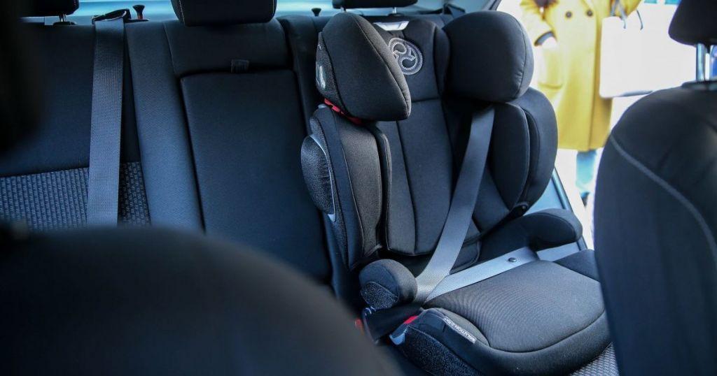 В Україні набули чинності зміни до ПДР щодо перевезення дітей в автомобілі