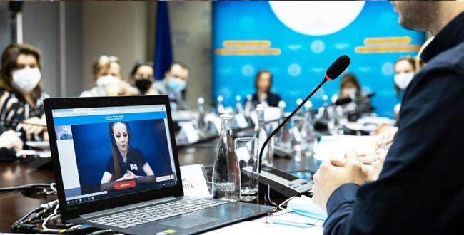 """""""Почуй мене"""": в Україні стартував соціальний проєкт для людей з порушеннями слуху"""