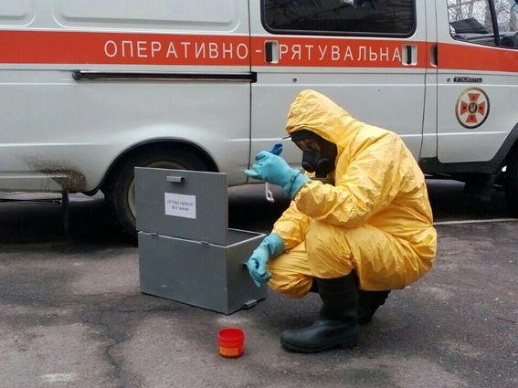 Черкаські рятувальники за останню добу п'ять разів ліквідовували розлив ртуті