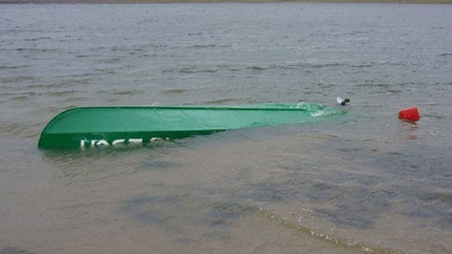 У черкасах рятували екіпаж човна з дітьми на борту (ВІДЕО)
