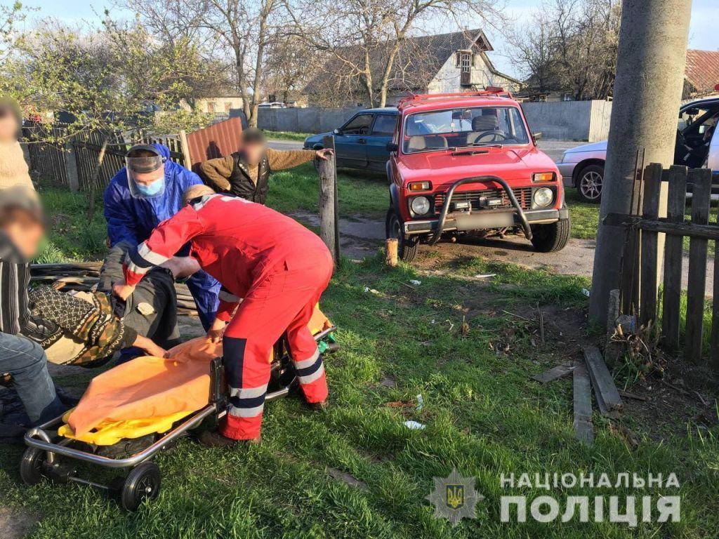 П'яний водій на Черкащині скоїв наїзд на двох людей, є травмовані