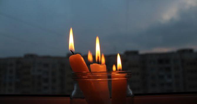 На Черкащині сотні селян залишилися без світла через негоду