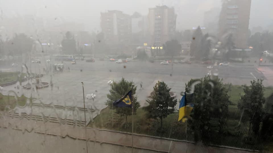 Черкаські рятувальники ліквідовували деревопади