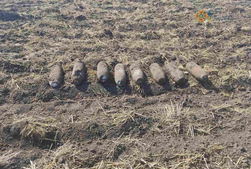 На Черкащині знайшли вісім артилерійських снарядів