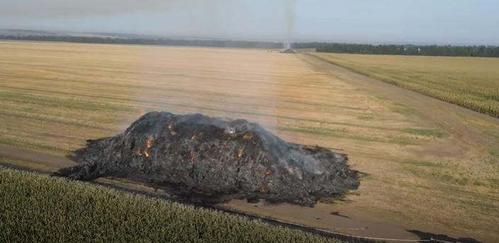 Нідерландському фермеру з Жашківщини спалили соломи на мільйон гривень