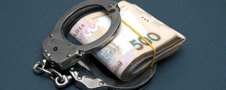 Уманського поліціянта судитимуть за хабар